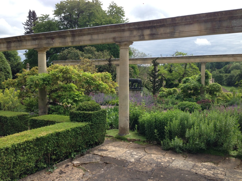 My Glorious Gardens: Iford Manor and the Peto Garden.
